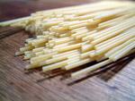Spaghetti ungekocht
