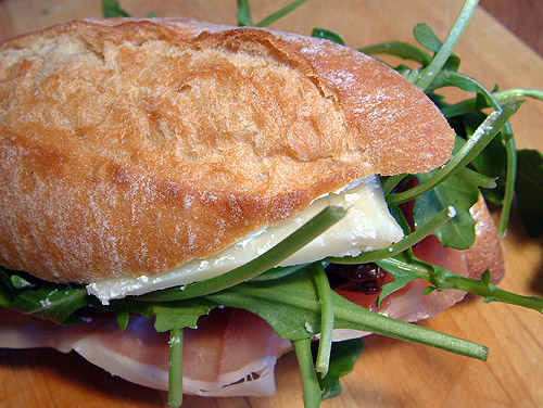 rezept f r ciabatta br tchen mit rucola und serrano. Black Bedroom Furniture Sets. Home Design Ideas